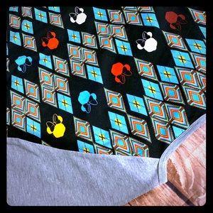 "NWT: lularoe "" randy"" Disney pattern ( Large)"